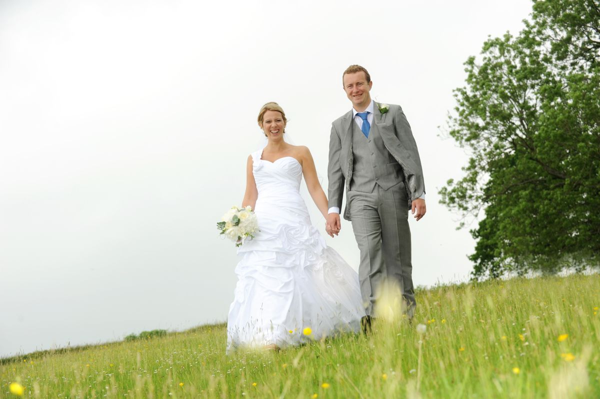 Cawdor Wedding – Nicola & Leighton