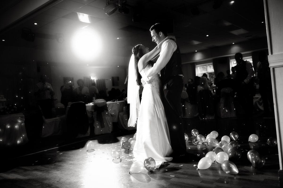 Glyn Clydach Wedding – Natalie & Neil