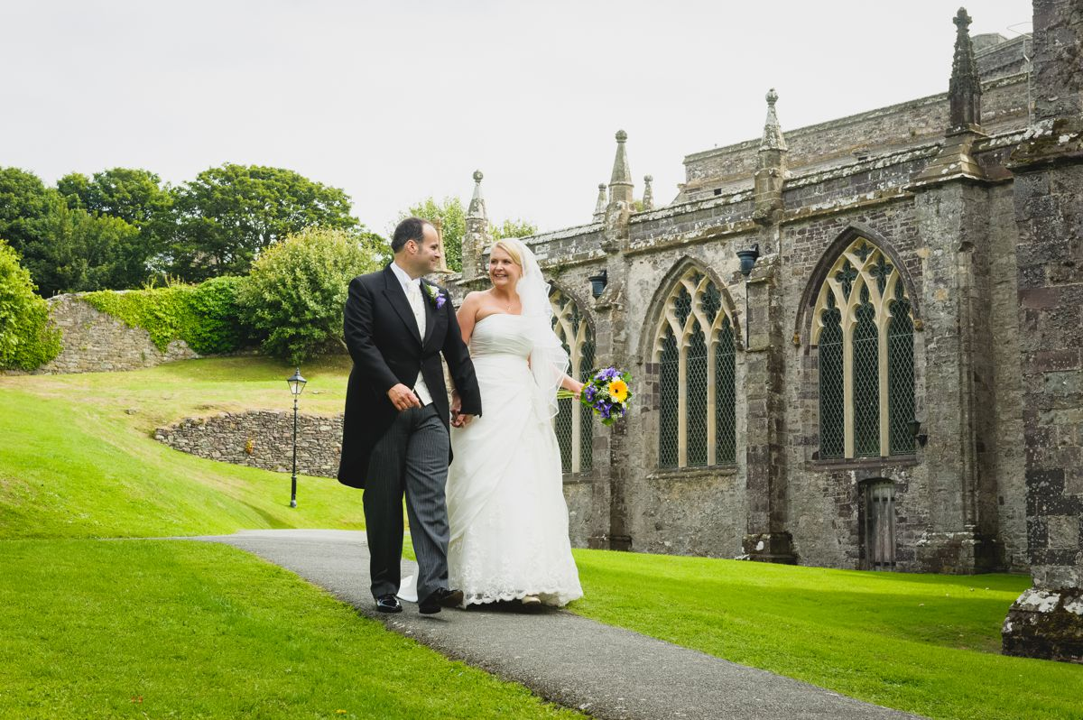 St David's Cathedral Wedding – Kristina & Andrew