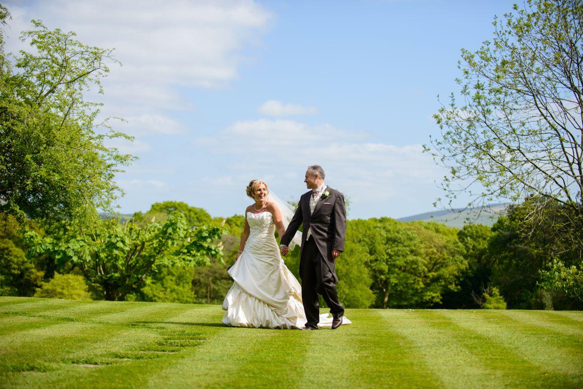 Glyn Clydach Wedding – Amanda & Andrew