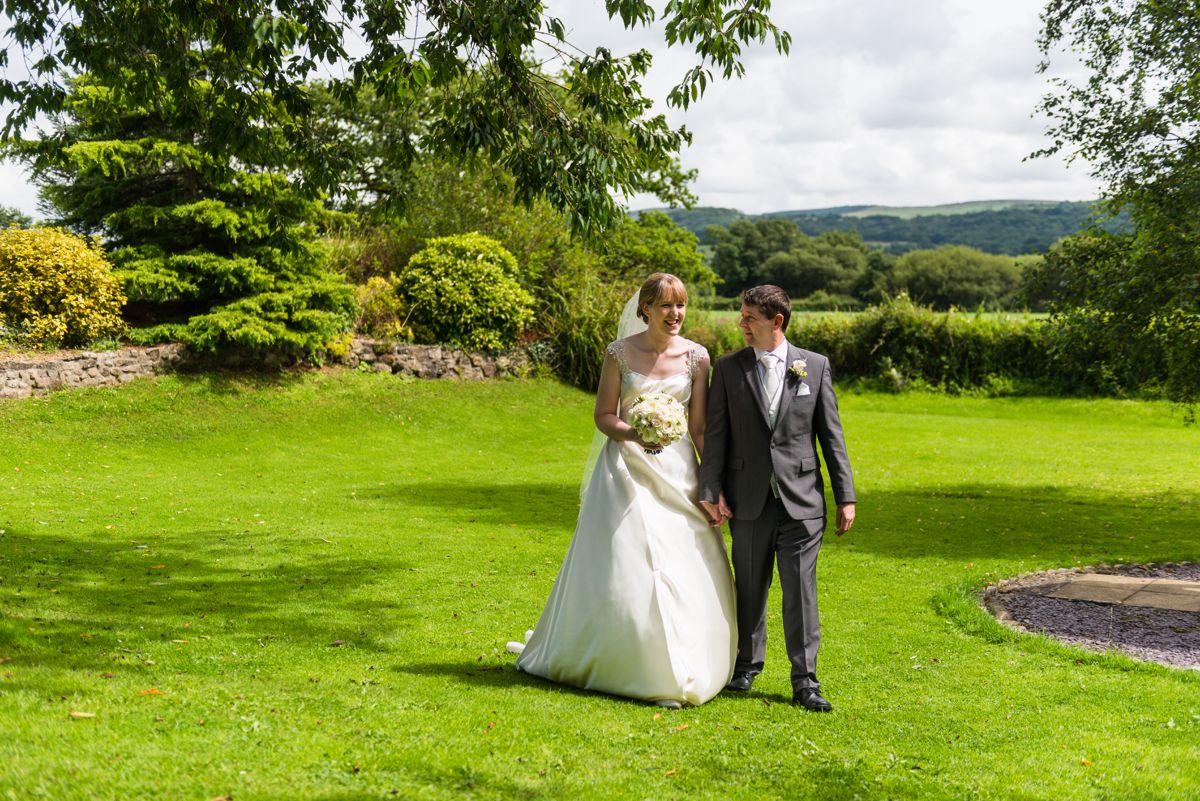 The Plough Inn Wedding Photography – Caryl & Richard